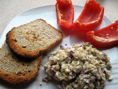 Dietetyczna pasta z wędzonej makreli – nie tylko na kanapkę !
