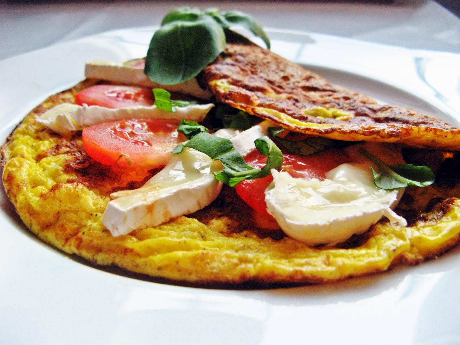 Omlet z camembertem i pomidorami / Liebster Blog Award