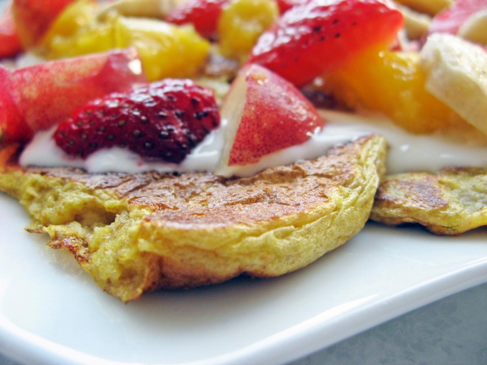 Śniadaniowe pełnoziarniste placki z serka wiejskiego