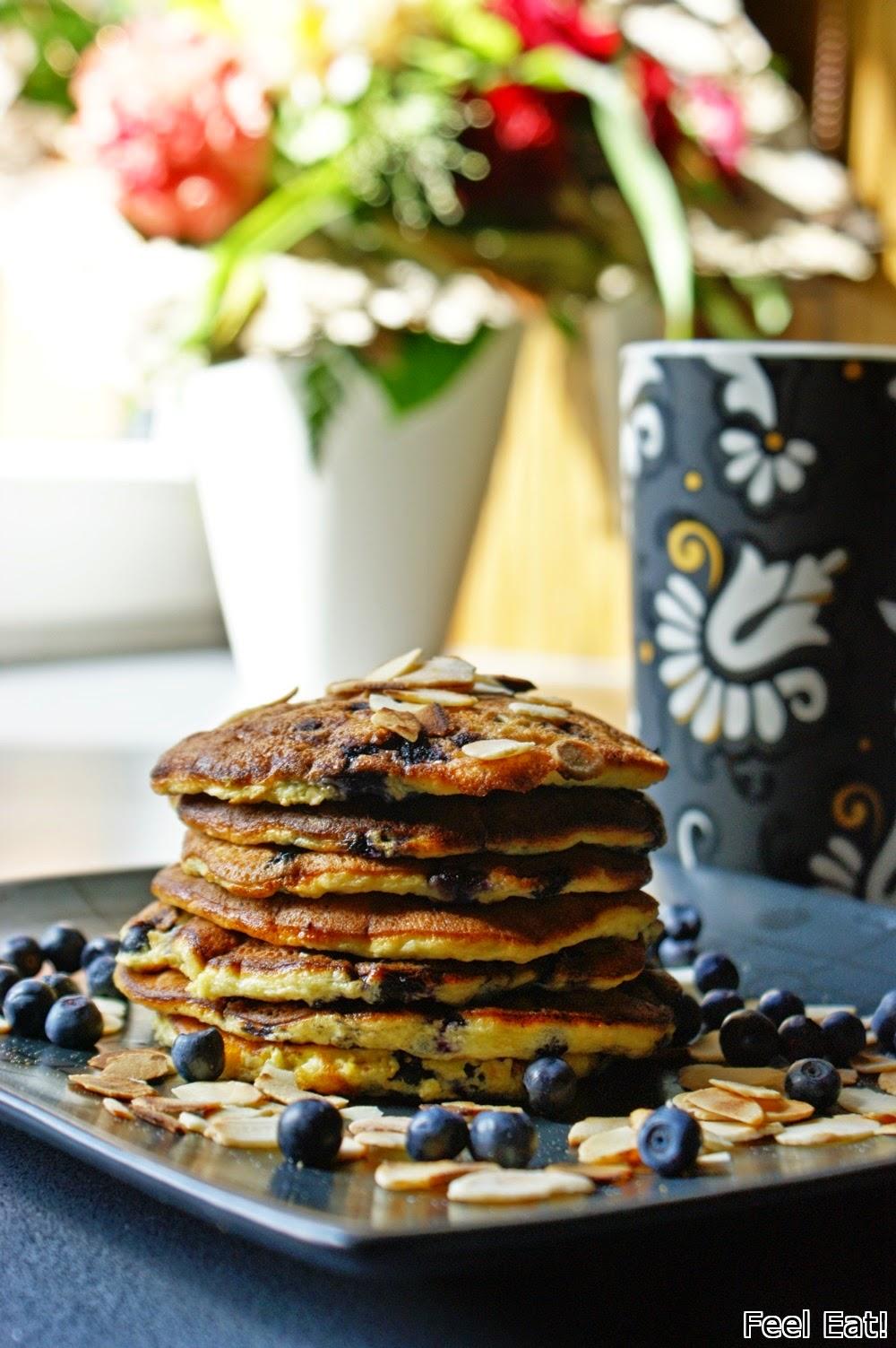 Pancakes'y z jagodami bez mąki i dodatku cukru