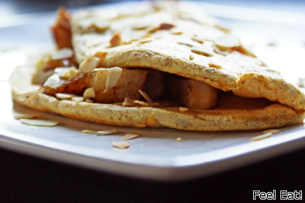 Pełnoziarnisty omlet biszkoptowy z gruszkami w cynamonie