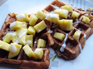 IMG 4195 - Przepis na śniadanie inne niż zwykle ,czyli twarogowe gofry bez mąki z ananasem