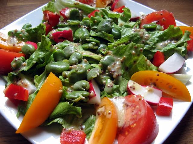 IMG 6391 - Sałatka z bobem i pomidorami