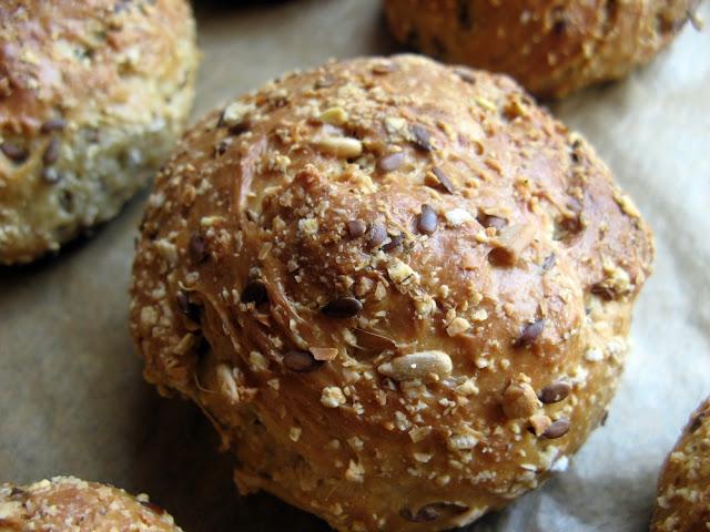 IMG 6517 - Bułki z mieszanki do wypieku chleba ADAMA (Low carb)