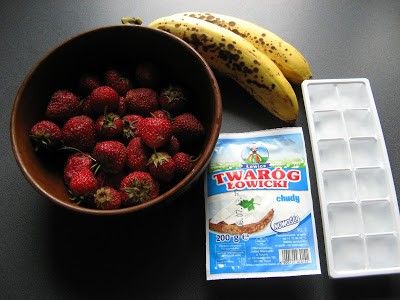 Picture 004 1 - Białkowy bananowo-truskawkowy smootie bez dodatku cukru