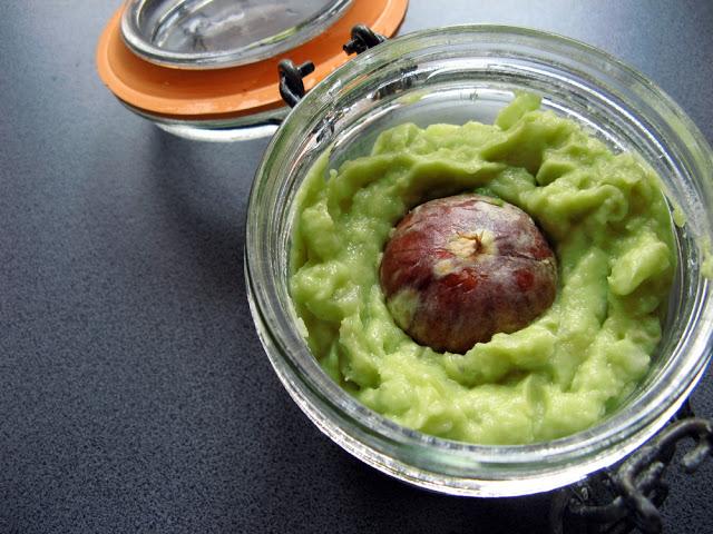Picture 033 1 - Guacamole bez pomidorów - meksykańska pasta z awokado!