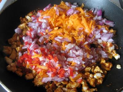 IMG 6861 - Sajgonki light z piekarnika z kurczakiem i warzywami