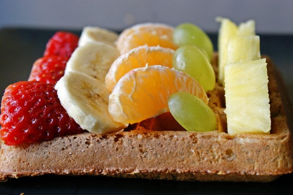 DSC04453 1 - Gofry owsiane z owocami (jeden - 62 kcal)