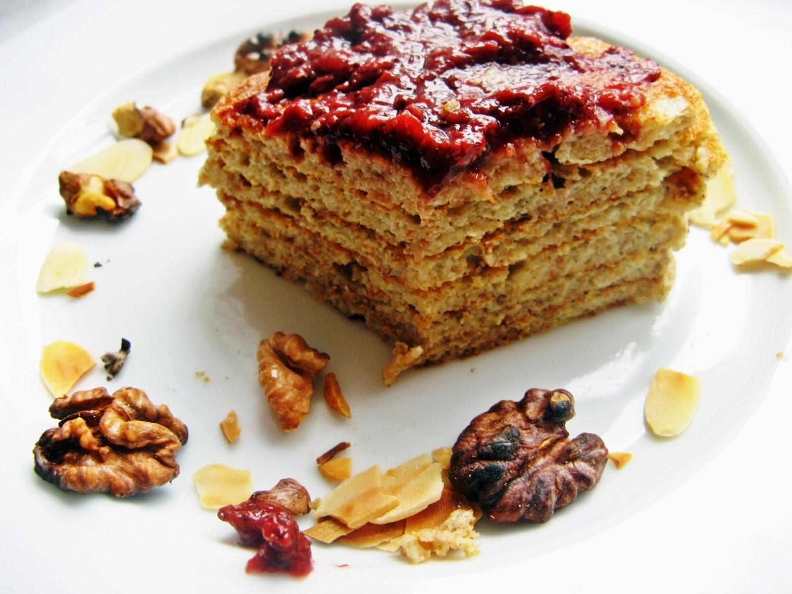IMG 0130 - Pełnoziarniste placki drożdżowe z dżemem truskawkowym bez cukru i prażonymi orzechami