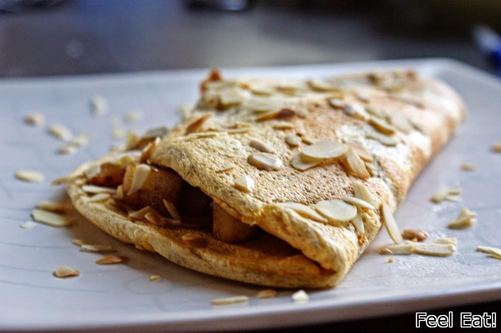 Pełnoziarnisty omlet z gruszkami w cynamonie