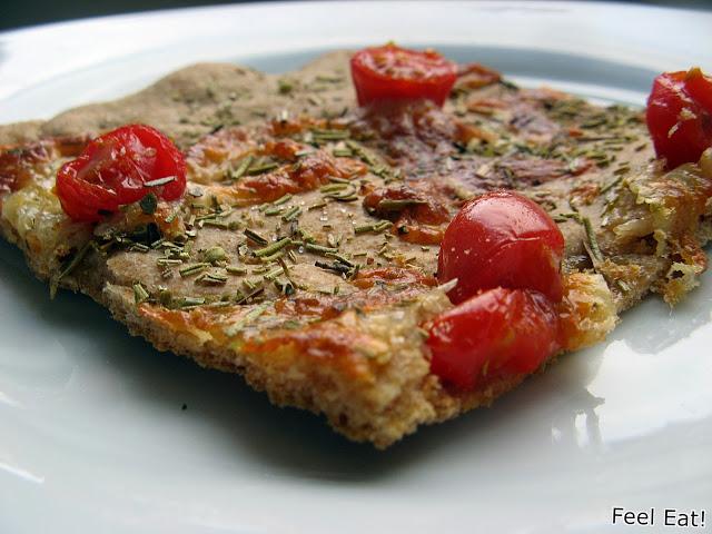 IMG 2072 - Orkiszowa pełnoziarnista focaccia z pomidorami i mozzarellą