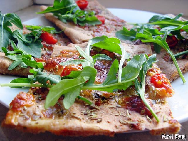 IMG 2074 - Orkiszowa pełnoziarnista focaccia z pomidorami i mozzarellą