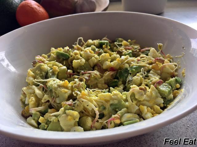 Pasta jajeczna z awokado – przepis