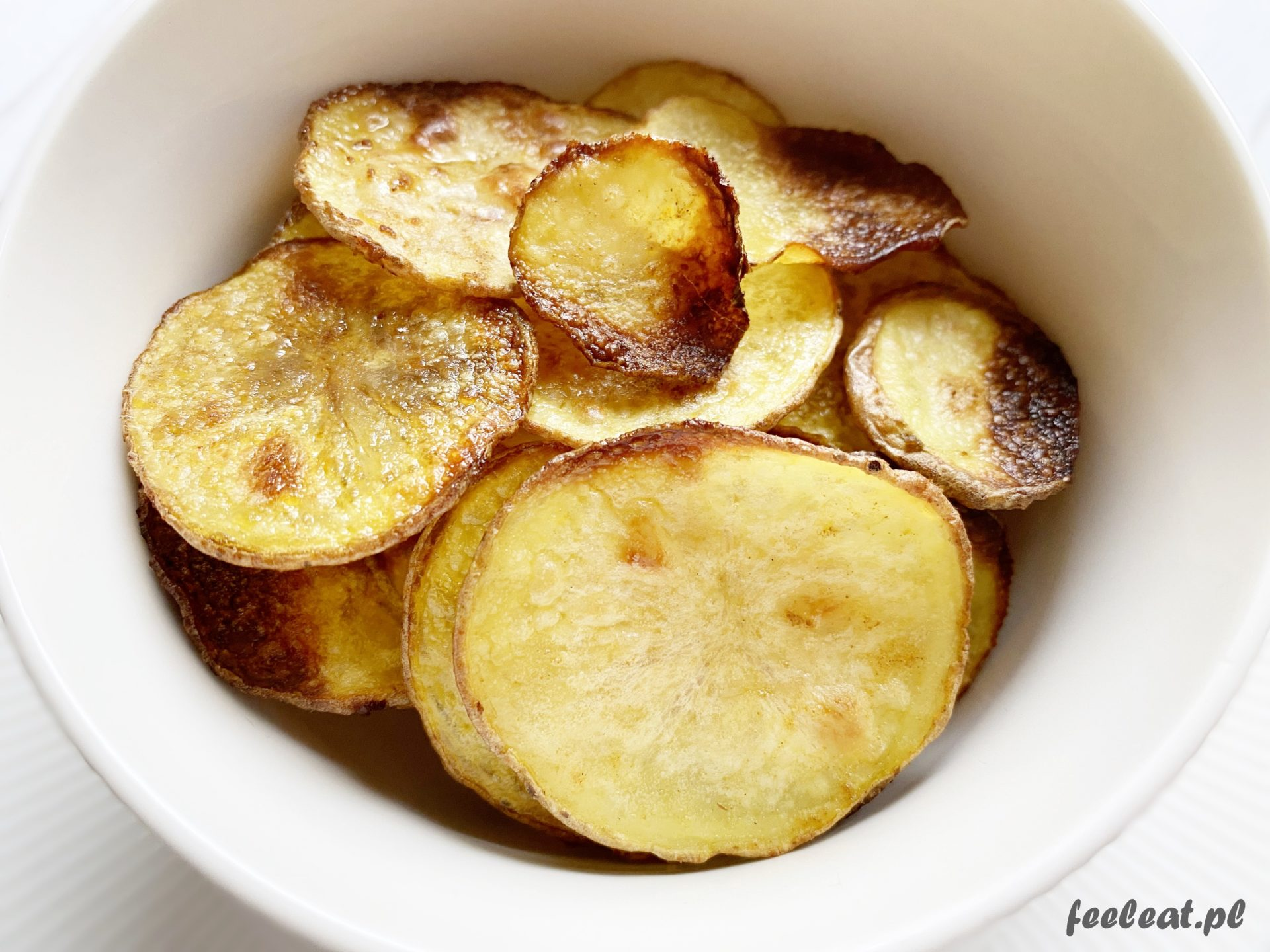 Chipsy z piekarnika – przepis na domowe chipsy